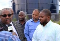 Hank Johnson with WSC Officials in Tarpum Bay