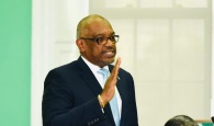 PM Minnis - COVID HOA Update - April 6