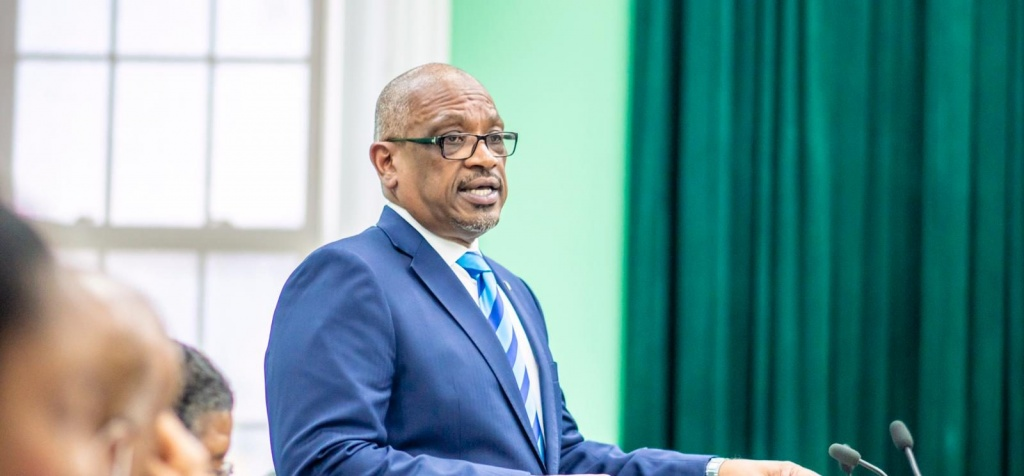 Prime Minister Minnis tables Resolution for access to affordable land, and other concessions in the West New Providence for young Bahamians.