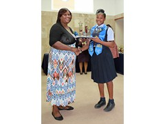 P.T.A. President Mrs. Marion Thompson presenting to Wendeisha Symonette(prefect) of the Class of 2016 -  490A7491